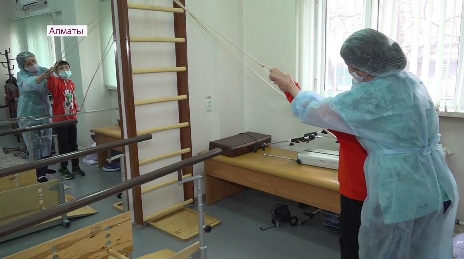 Жилье в Новом Алматы, оборудование в поликлинике: какую помощь оказывают социально уязвимым слоям населения в мегаполисе