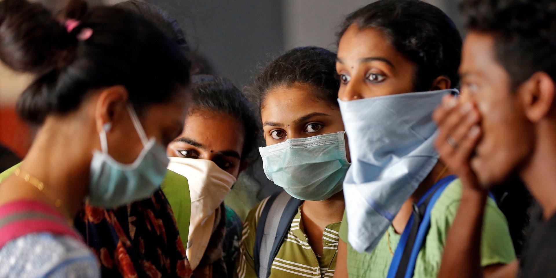В Индии растет количество больных, жалующихся на психические расстройства из-за COVID-19