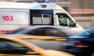 Машина скорой помощи перевернулась после столкновения с авто полиции