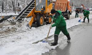 Аким Алматы держит на личном контроле работы по уборке снега и подготовке к паводкам - Ерлан Кожагапанов