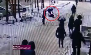 Житель Павлодара избил 13-летнюю девочку на глазах у прохожих