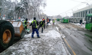Информация по уборке снега в Алматы в ночной период с 25 на 26 февраля 2021 года