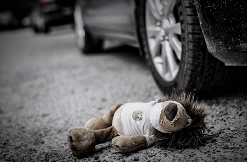 Наезд на детей в Алматинской области: школьница скончалась в реанимации