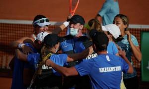 Историческая победа: казахстанские теннисистки впервые выиграли на выезде плей-офф Кубка Билли Джин