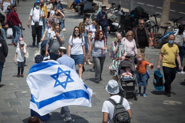 COVID-19 в мире: в Израиле снимают маски, в Индии антирекорд по количеству заболевших (дайджест)