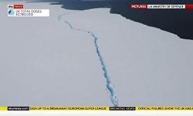 Әлемдегі ең үлкен айсберг еріп кетті