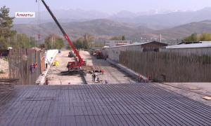 Масштабная работа по ремонту улично-дорожной сети продолжается в Алматы