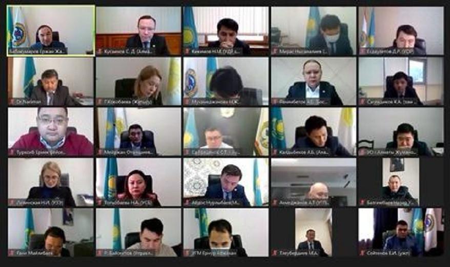 Ержан Бабақұмаров ішкі саясат саласындағы өзекті мәселелер бойынша кеңес өткізді
