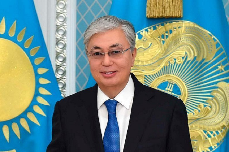 Касым-Жомарт Токаев поздравил соотечественников с Днем единства народа Казахстана