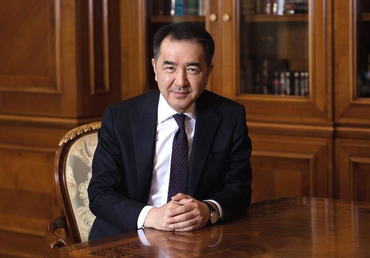 Б. Сагинтаев поздравил алматинцев с Днем единства народа Казахстана