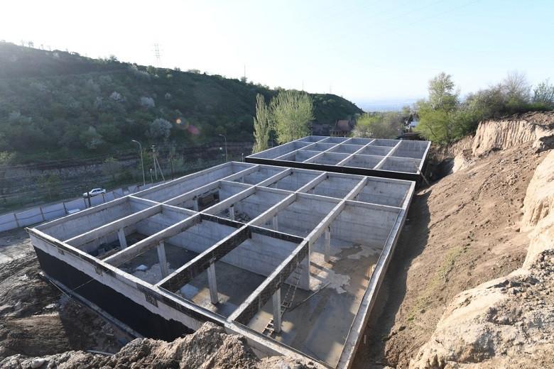 Б. Сагинтаев проверил ход строительства инженерной инфраструктуры Бостандыкского и Наурызбайского районов