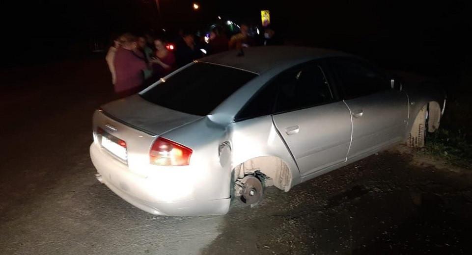 Пьяный водитель на угнанном авто сбил 15-летнего подростка