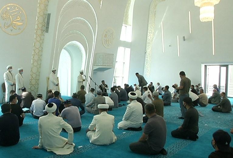 С именем Абая: в Жетысуском районе открылась мечеть после реконструкции