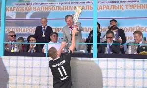 К 85-летию Олжаса Сулейменова: международный турнир по пляжному волейболу стартовал в Алматы