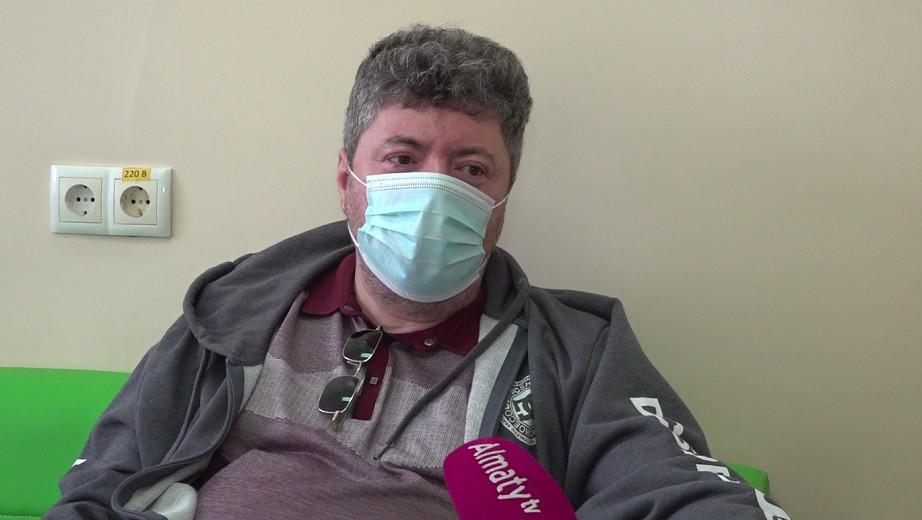 Вакцинация - единственный способ избавиться от опасности заболеть COVID-19 - алматинец