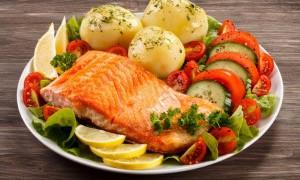 Как радовать себя любимой едой и не потолстеть - ответ диетолога