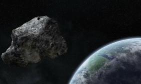 Крупнее, чем пирамиды: огромный астероид приближается к Земле