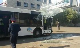 Павлодарда автобус билбордқа соғылды