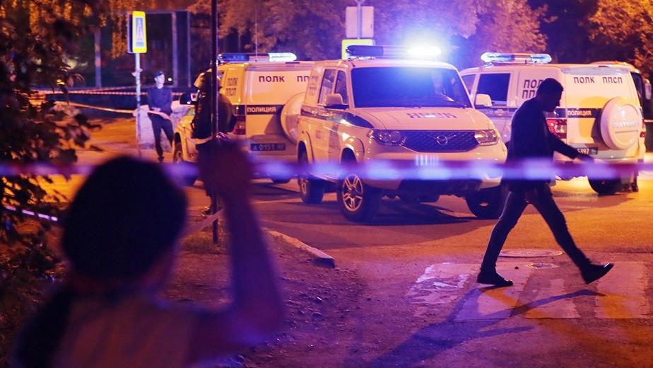 Экс-милиционер открыл стрельбу по прохожим в Екатеринбурге