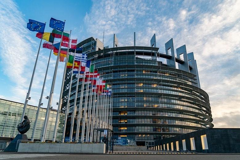 Сертификаты вакцинации вводятся в Европе с 1 июля