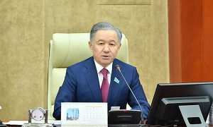 Нығматулин ҚР Парламенті палаталарының бірлескен отырысын шақыру туралы Өкімге қол қойды