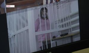 Смерть трехлетней девочки от побоев: в Петропавловске начался суд над матерью