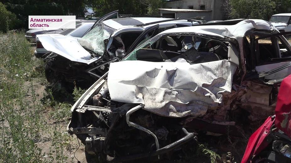 Смертельное ДТП в Алматинской области: врачи сообщили о состоянии выживших