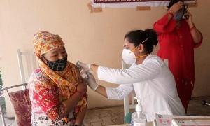 Үндістанда бір күнде 8,4 млн адамға вакцина салынды