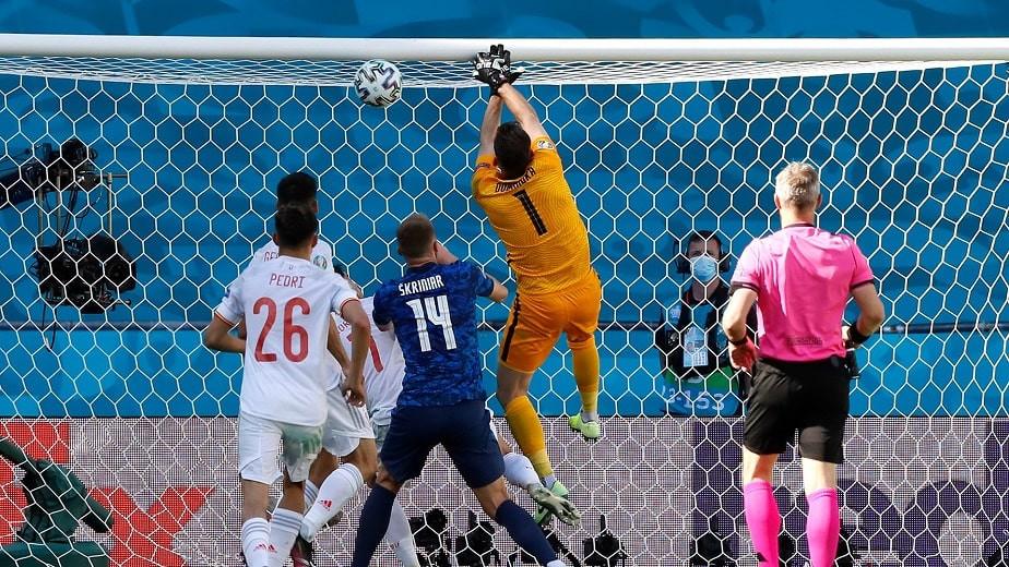 Евро-2020: Испания разгромила Словакию, Украина впервые в истории вышла в плей-офф (обзор матчей)