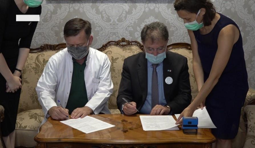 Меморандум о сотрудничестве подписали врачи Франции и Казахстана
