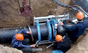 Работы по обеспечению инженерными сетями отдаленных районов ведутся планомерно – инженер А.Быков