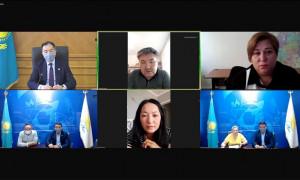 Б. Сагинтаев ответил на вопросы горожан, обратившихся в приемную Nur Otan