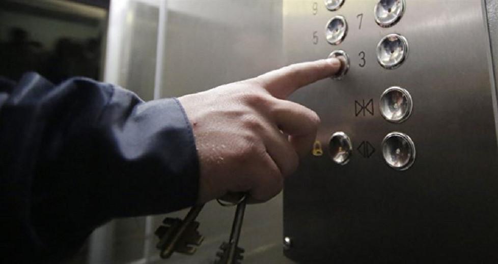 Атырауда көпқабатты үйде лифт құлап, бір адам көз жұмды