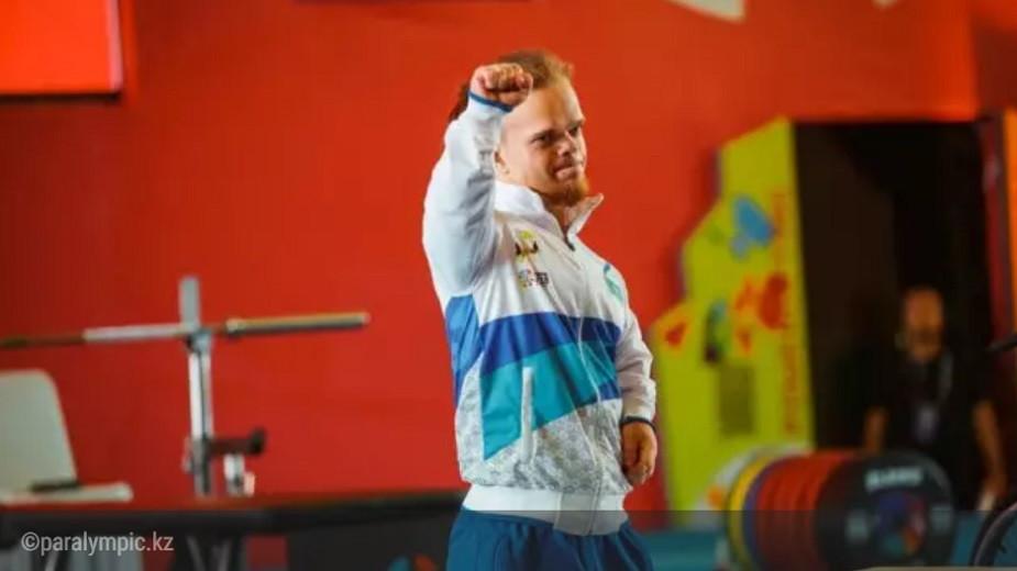 Давид Дегтярев принес золото Казахстану с Паралимпиады-2020
