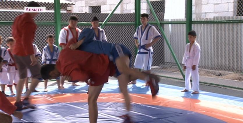 Бесплатный спорт в шаговой доступности: в Алатауском районе открыли 15 новых объектов