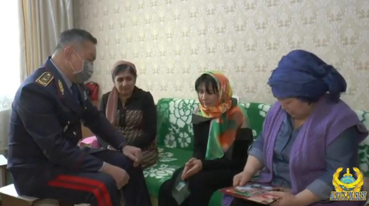 Акимат Алматы выделит семьям погибших полицейских жилье