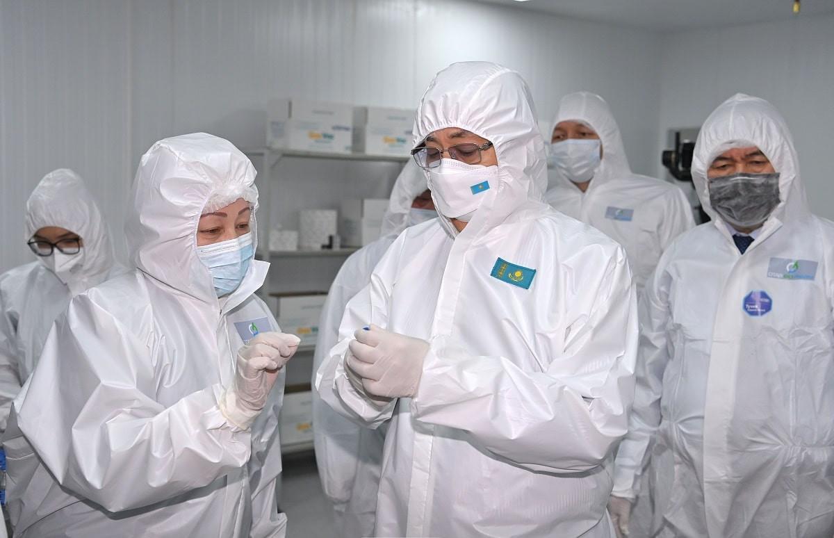 Направим в Афганистан и другие мусульманские страны - Токаев об отечественной вакцине от COVID-19