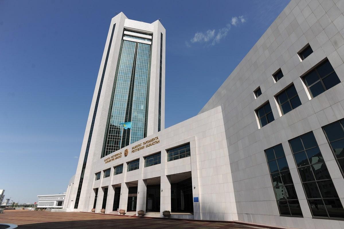 Смертную казнь за терроризм отменили в Казахстане