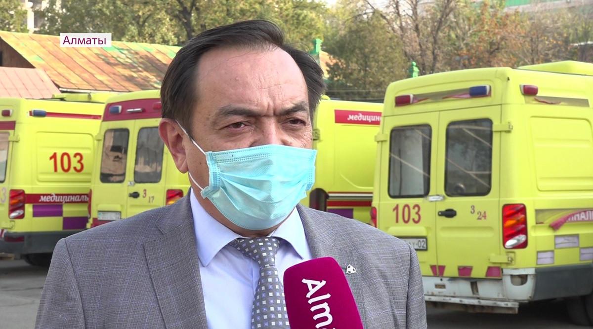 Директор службы скорой медпомощи прокомментировал заявления своих подчиненных