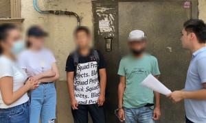 Обчистили 17 квартир: серийных домушников задержали в Шымкенте