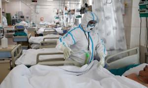 Пугающие цифры: в России опять рекорд по зараженным и умершим от COVID-19