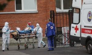 Пандемия COVID-19: в Боливии вакцинируют подростков, в Петербурге ужесточают карантин (дайджест)