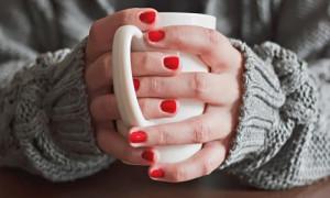 Когда мерзнут руки: какие проблемы со здоровьем могут возникнуть