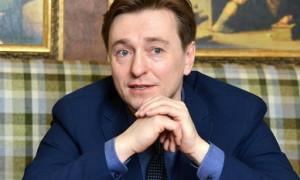 Актера Сергея Безрукова госпитализировали с коронавирусом