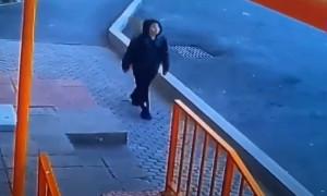 """Пропавший мальчик попал в объектив """"Сергека"""" в Алматы"""