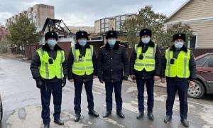 Смелость и отвага: полицейские спасли из пожара 7 человек
