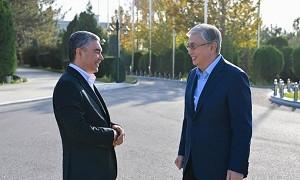 Памятник Абаю в Ашхабаде предложил возвести президент Туркменистана