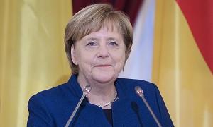 Ангела Меркель ресми түрде отставкаға кетті