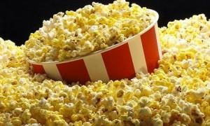 Без сахара и ароматизаторов: диетолог назвала попкорн полезным для сосудов и сердца